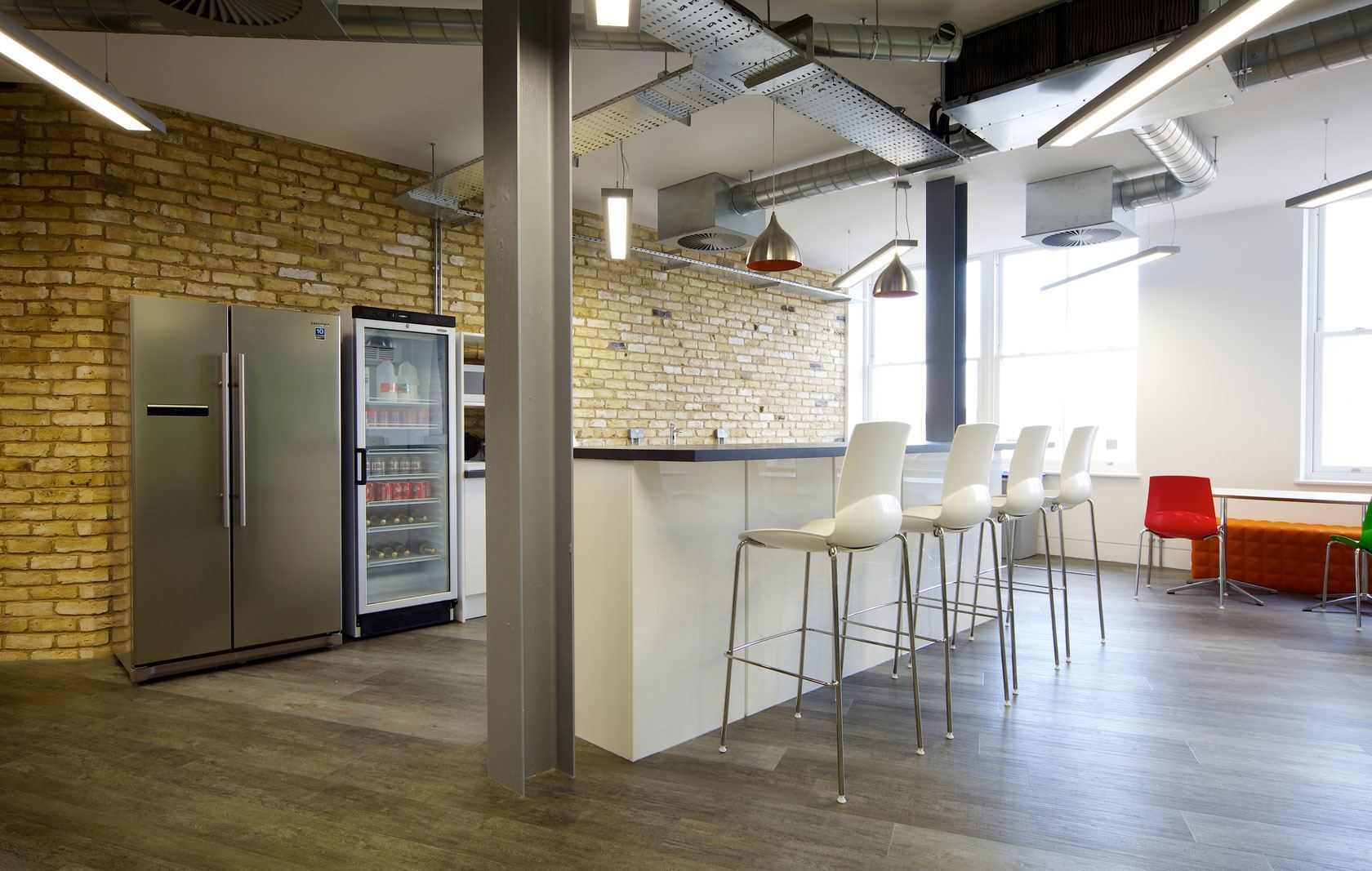 A Peek Inside Quidco's Funky London Office - Officelovin'