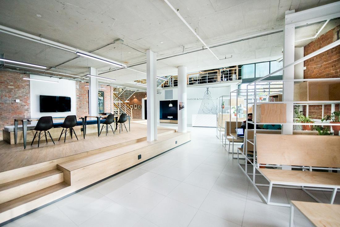 A Tour Of Saatchi Saatchi Brandsrock S Office Officelovin