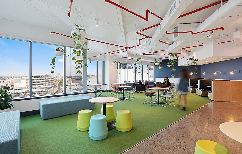 A Look Inside Iinet S Modern Sydney Office Officelovin