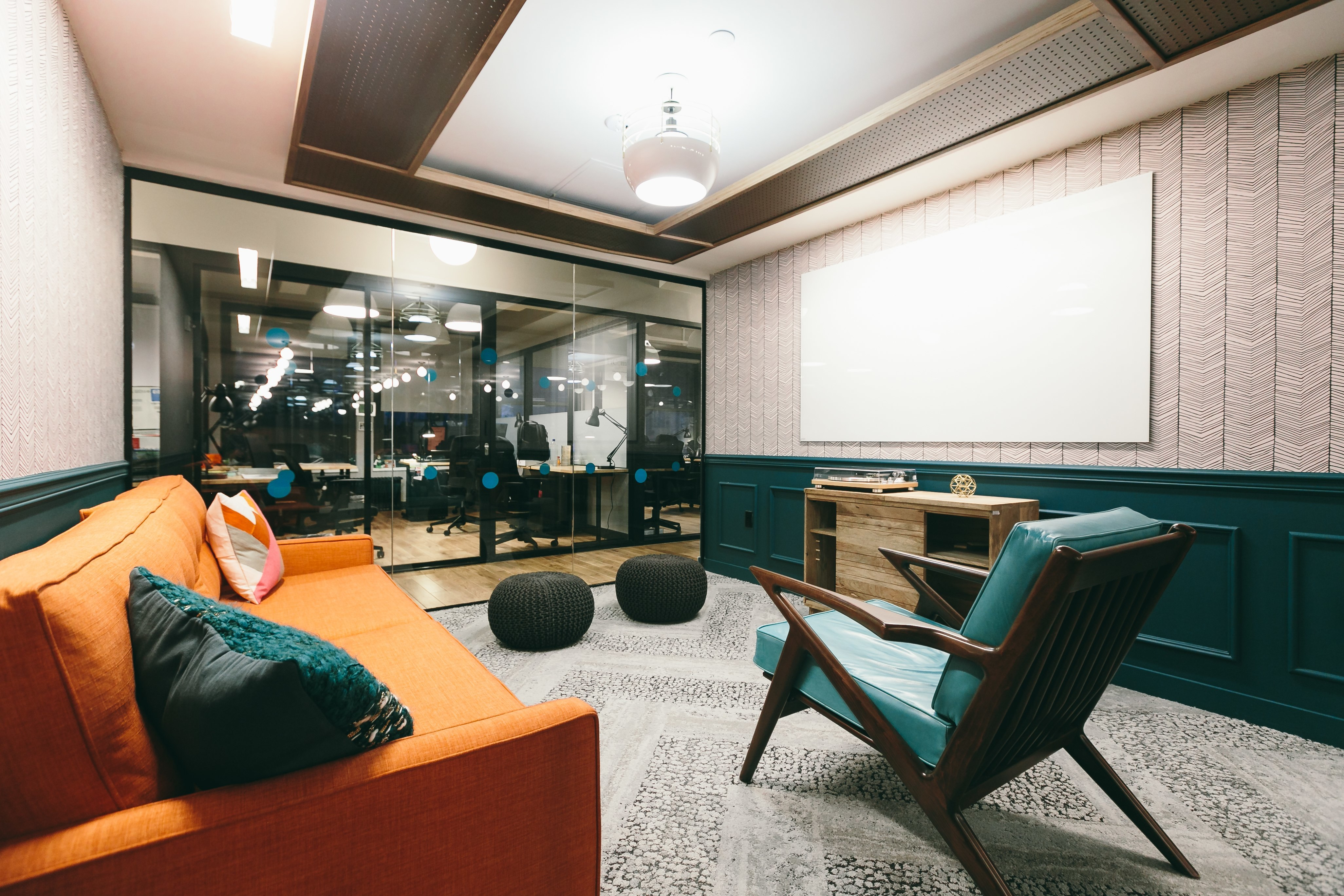 Red Bull Events >> Take a Tour of WeWork - Penn Station - Officelovin'