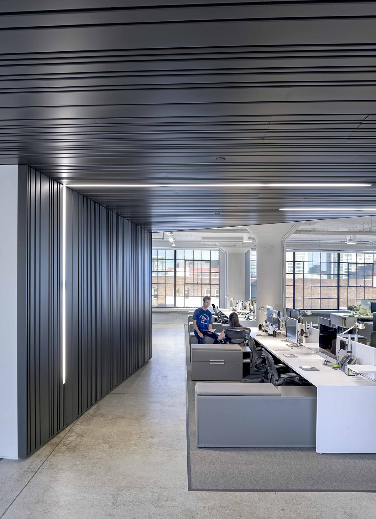 A tour of wired s new sleek san francisco headquarters for Best modern office interior