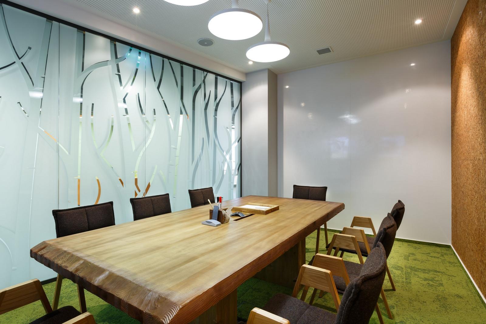Inside OK RU's Stylish Saint Petersburg Office - Officelovin'