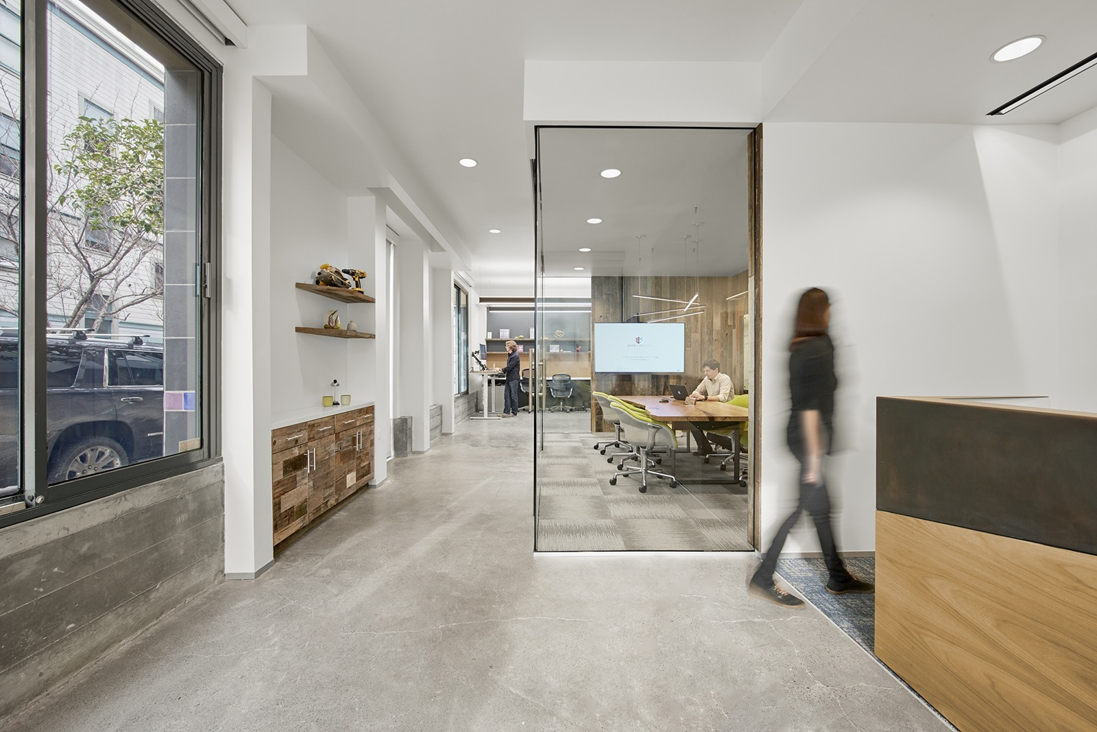 BrickandMortar_office-2