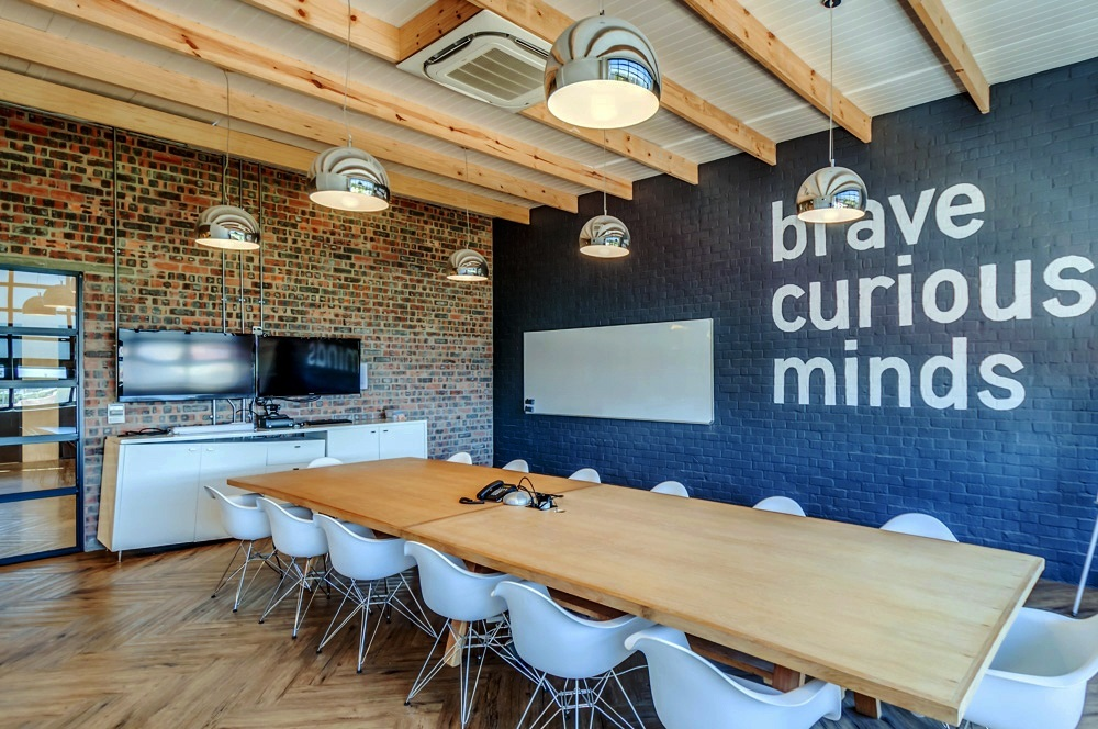 Inside quirk s cool cape town office officelovin 39 for Cool office rooms