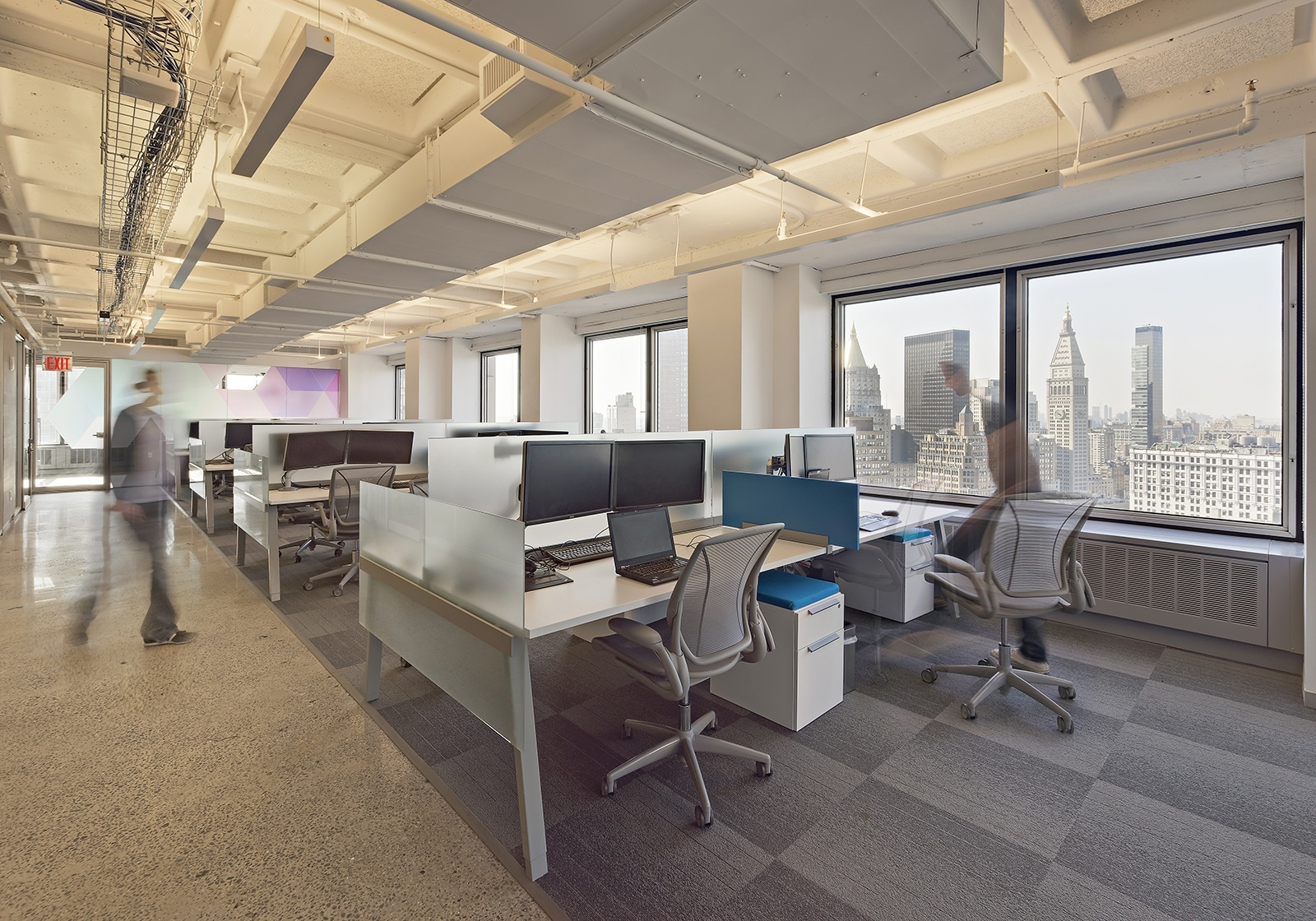 A look inside varonis modern nyc headquarters phase i for Modern tech office design