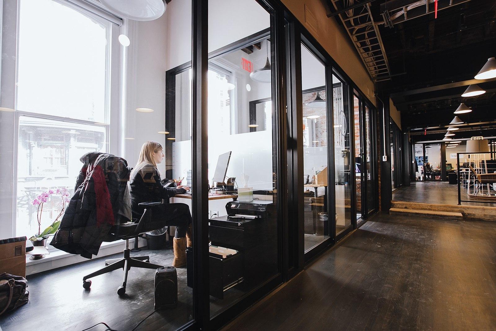 A Tour Of Wework Chinatown Washington D C Officelovin