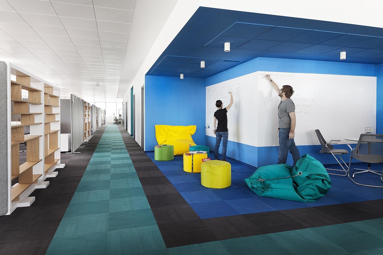 Paysafe-office-developers-cache atelier-Sofia-Bulgaria-17-brainstorm corrner