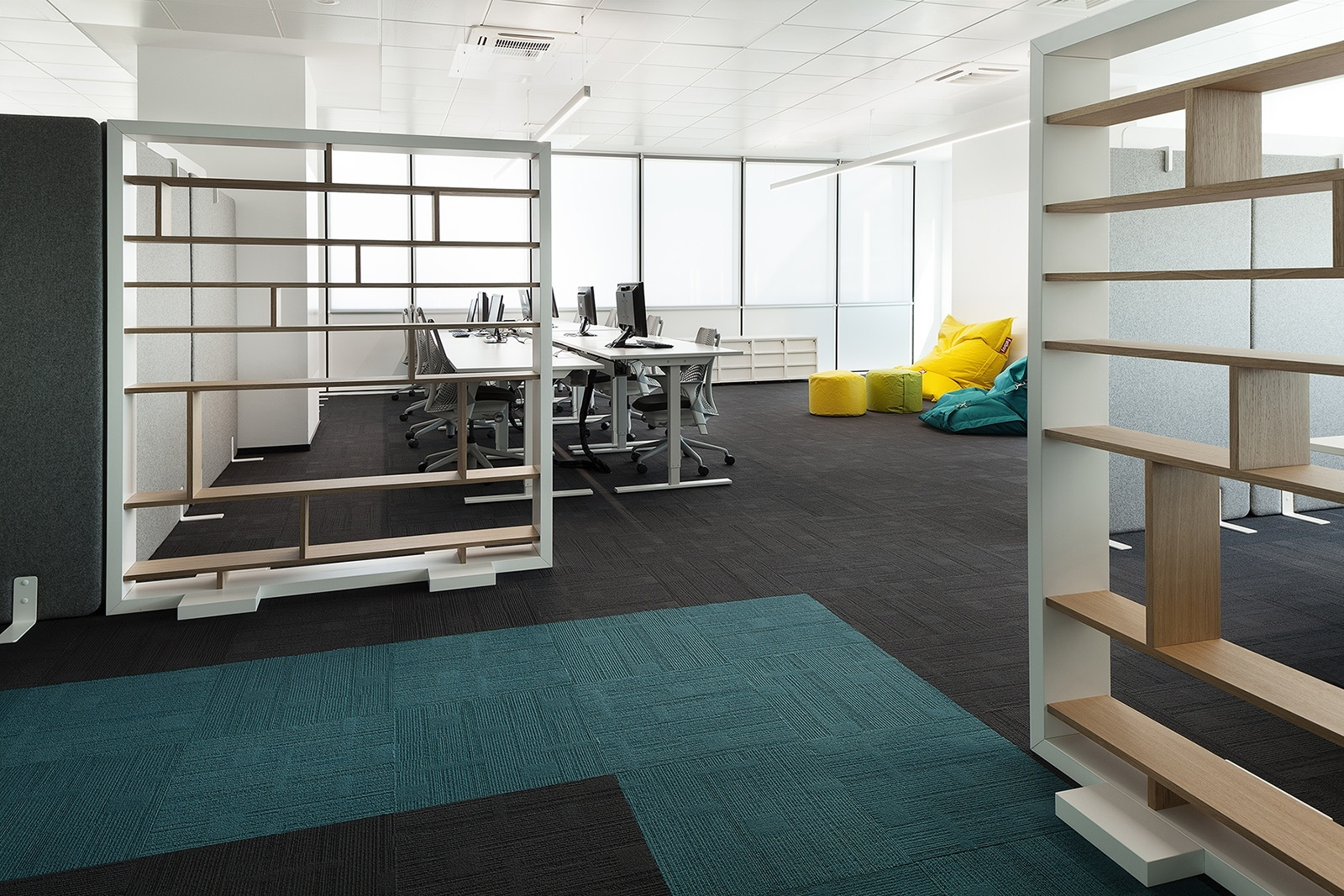 Paysafe-office-developers-cache atelier-Sofia-Bulgaria-8-team space