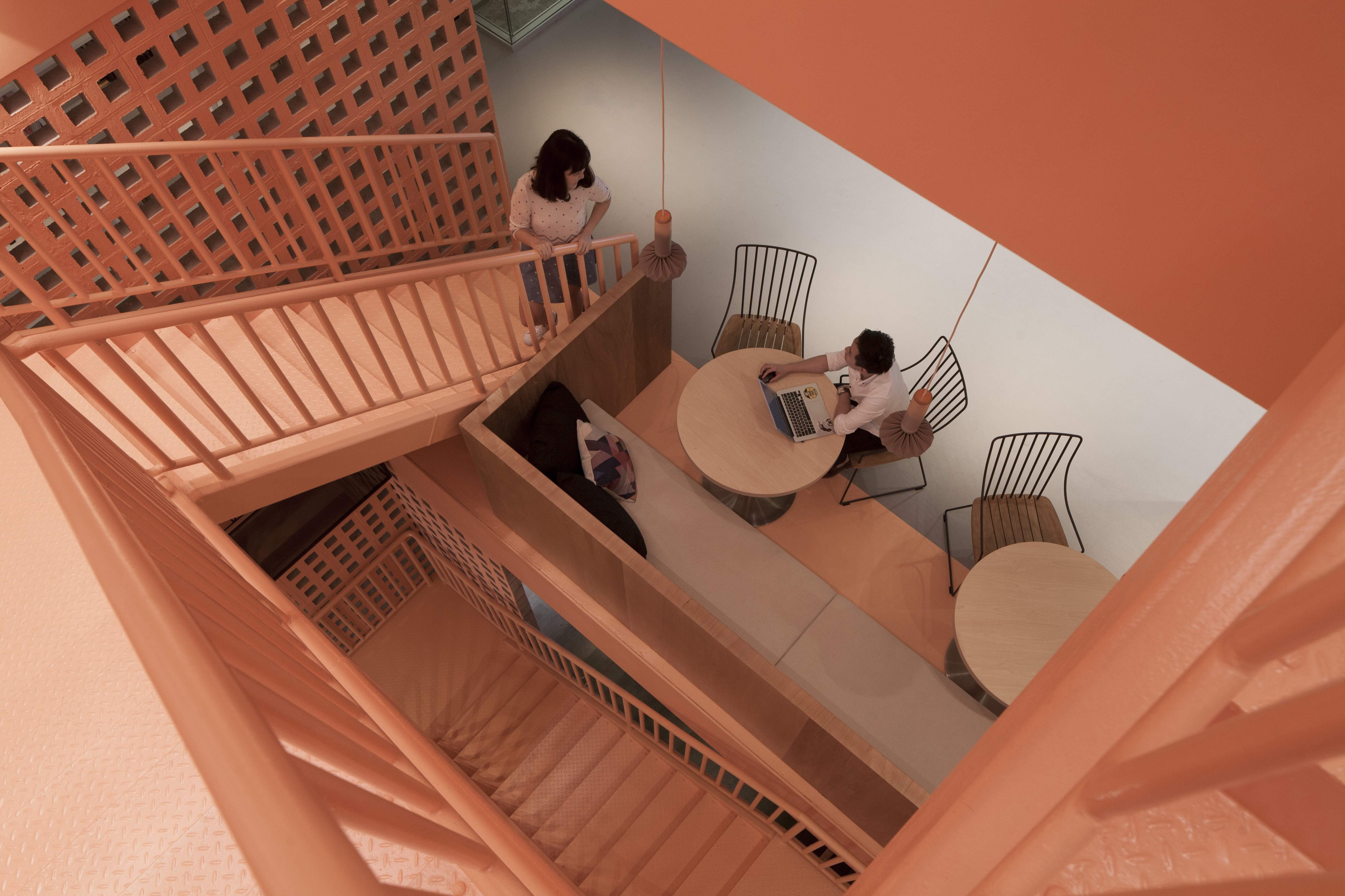 airbnb-singapore-office-4
