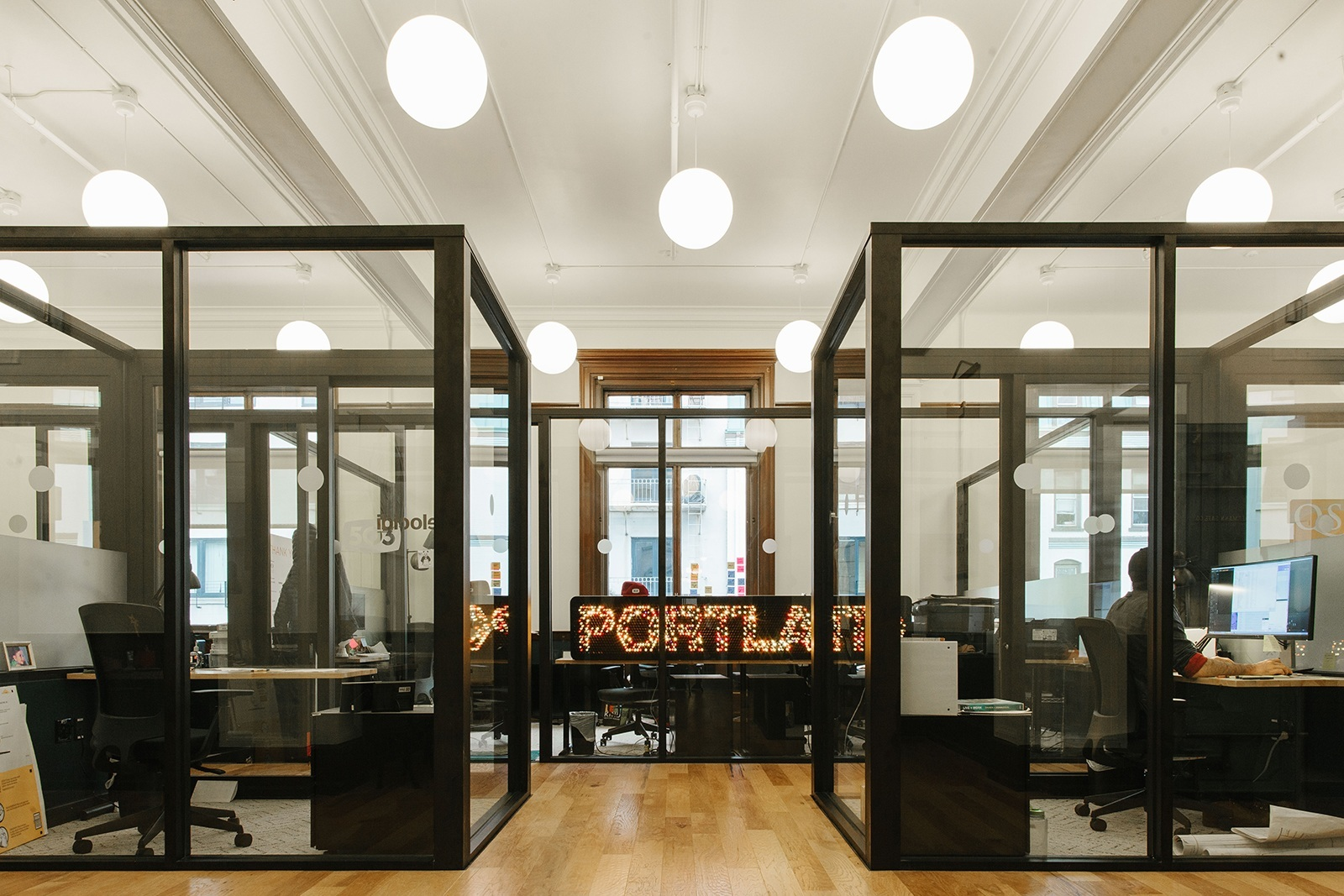 A Tour Of Wework S Portland Coworking Space Officelovin