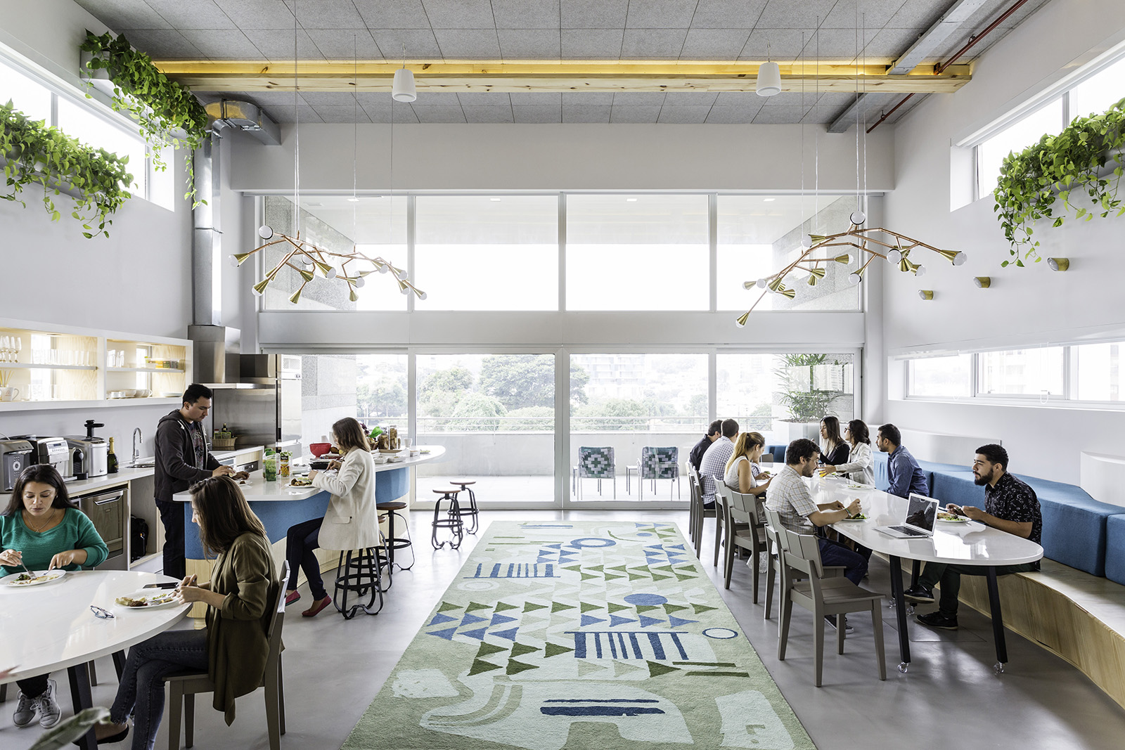 Inside Airbnb\'s New Sleek Sao Paulo Office - Officelovin\'