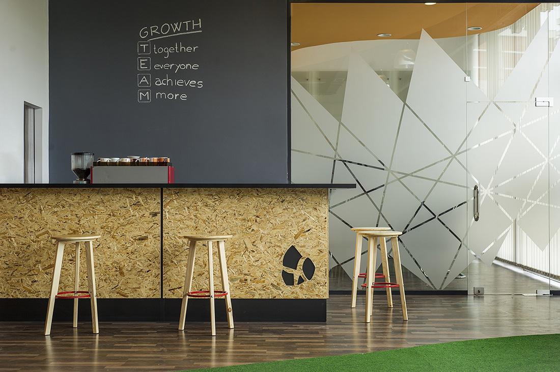 A Tour of Gjirafa's New Cool Office