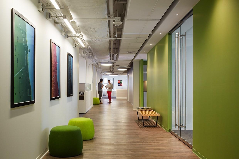 Inside Homefinder S Chicago Headquarters Officelovin