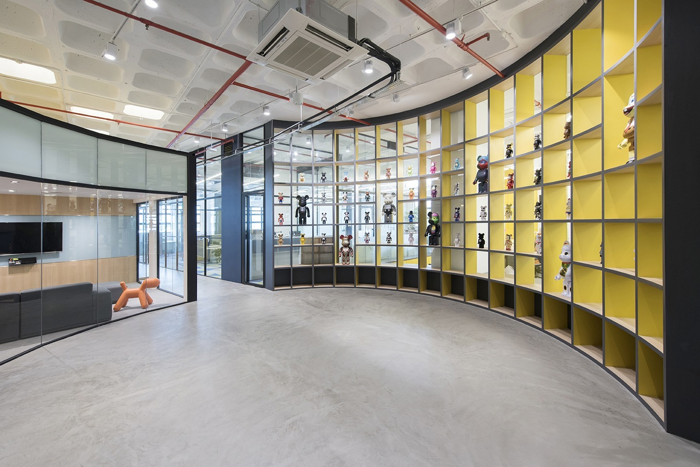 A Tour Of Honestbee S Stylish Singapore Office Officelovin