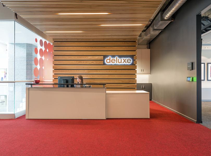 deluxe-office-toronto-main