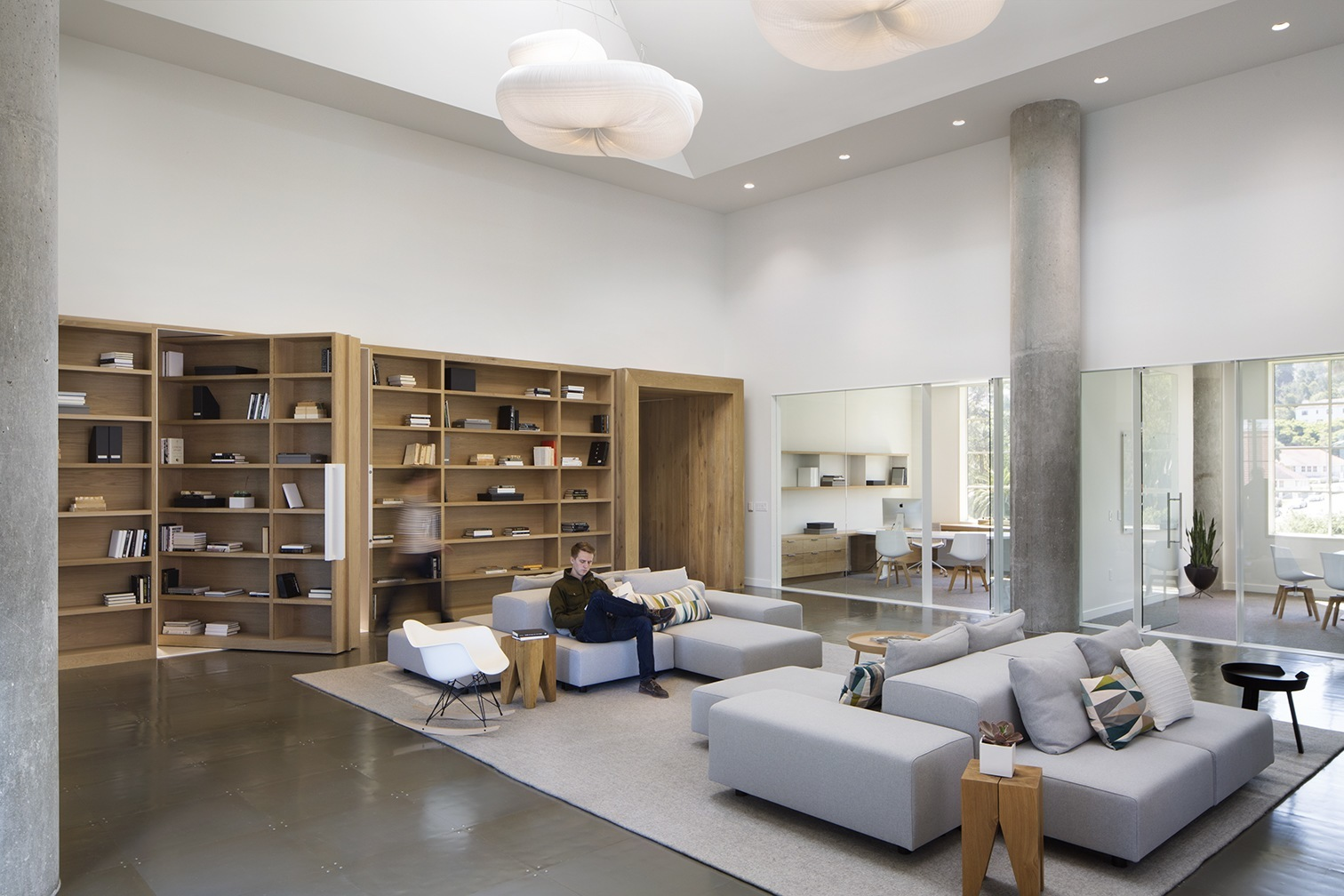 inside presidio vc offices officelovin 39. Black Bedroom Furniture Sets. Home Design Ideas