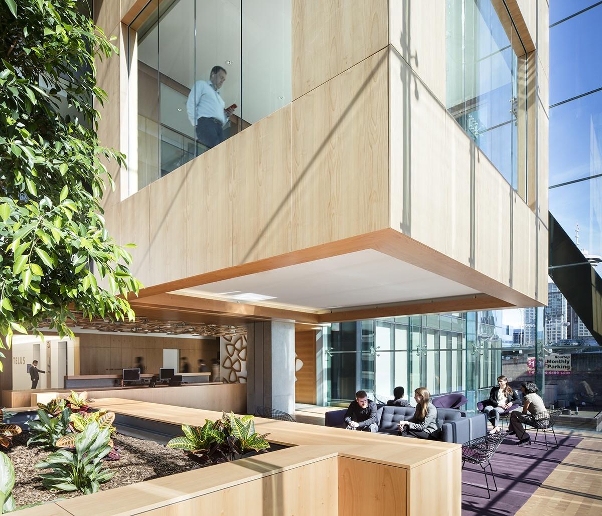 Telus Garden Offices / office of mcfarlane biggar