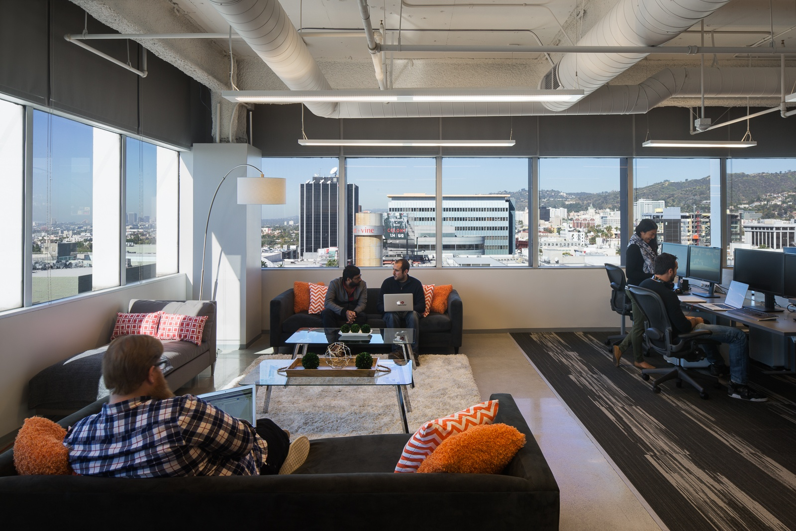 a look inside opentable s los angeles office officelovin rh officelovin com opentable london office phone number opentable london office phone number