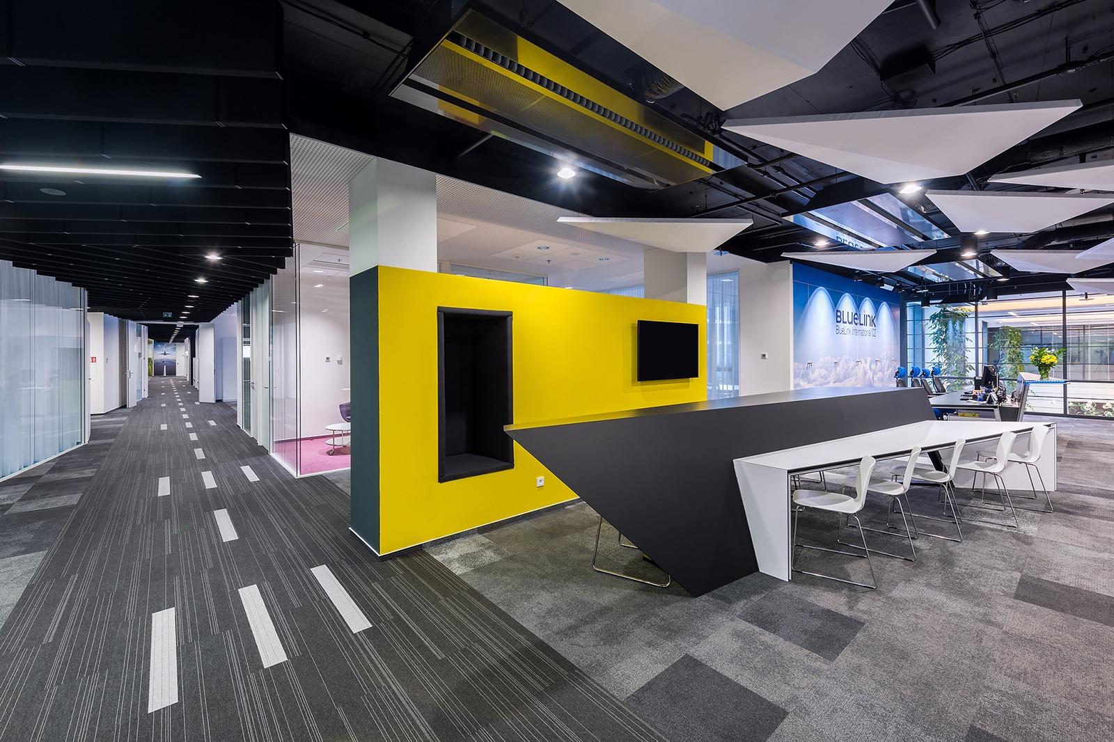 Inside Bluelink S New Prague Office Officelovin