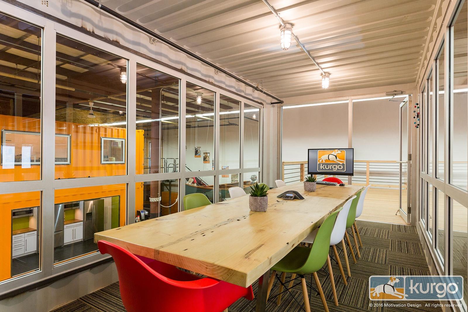 A Tour of Kurgo's Cool Dog Friendly Office - Officelovin'