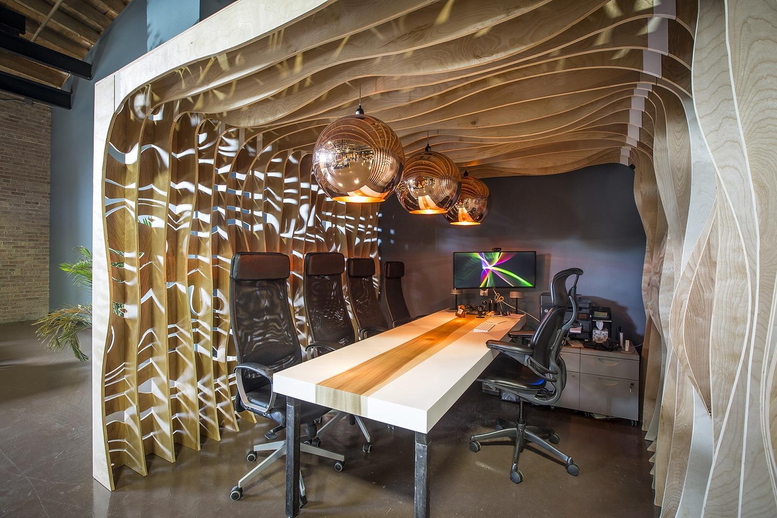 A tour of life creative s sleek chicago coworking space officelovin 39 - Ideas decoracion despacho ...