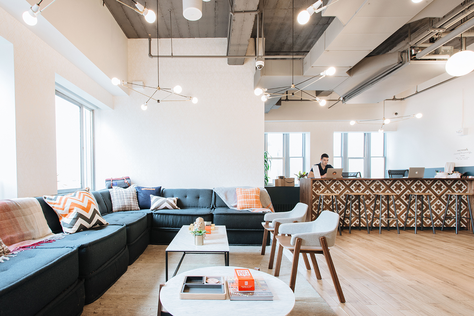 A Tour of WeWork - Brooklyn Heights - Officelovin'