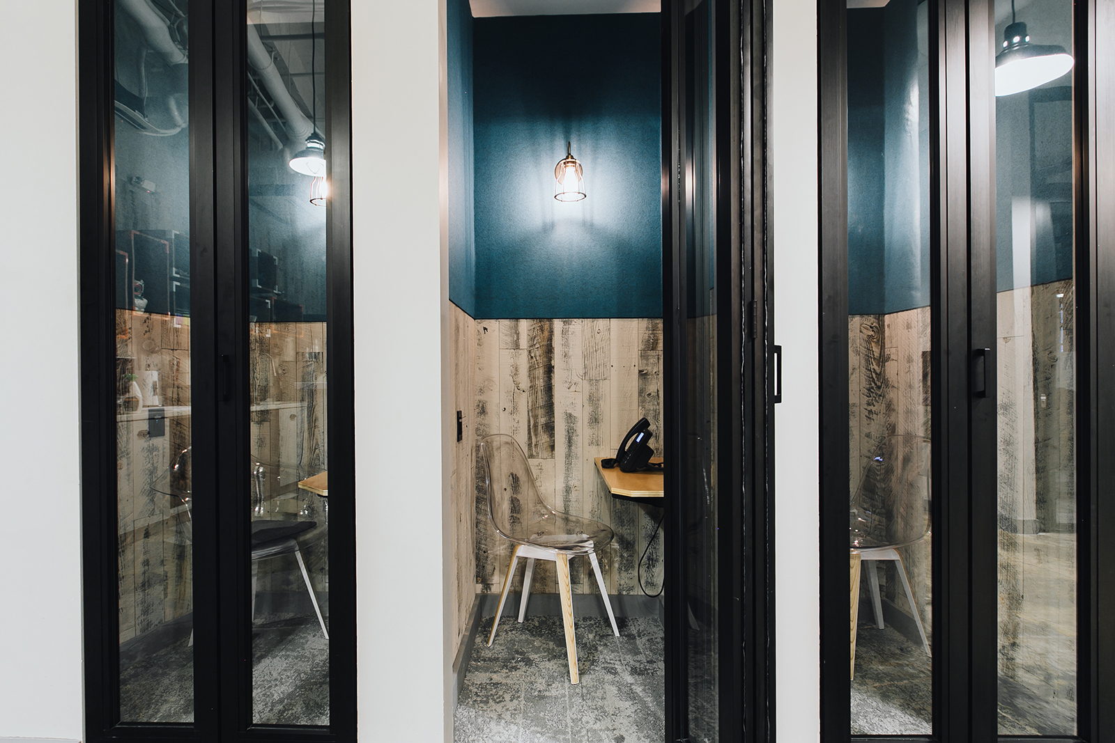 A Tour of WeWork - Fort Point - Officelovin'
