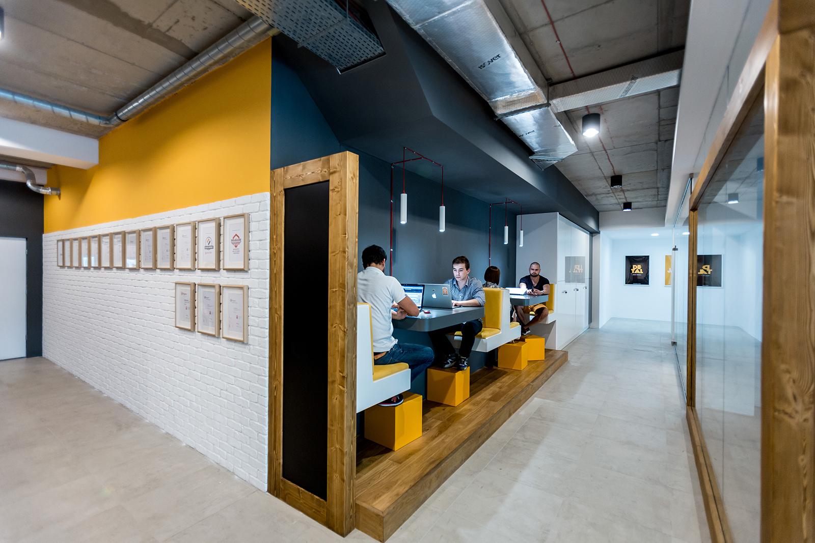 bold-krakow-office-2