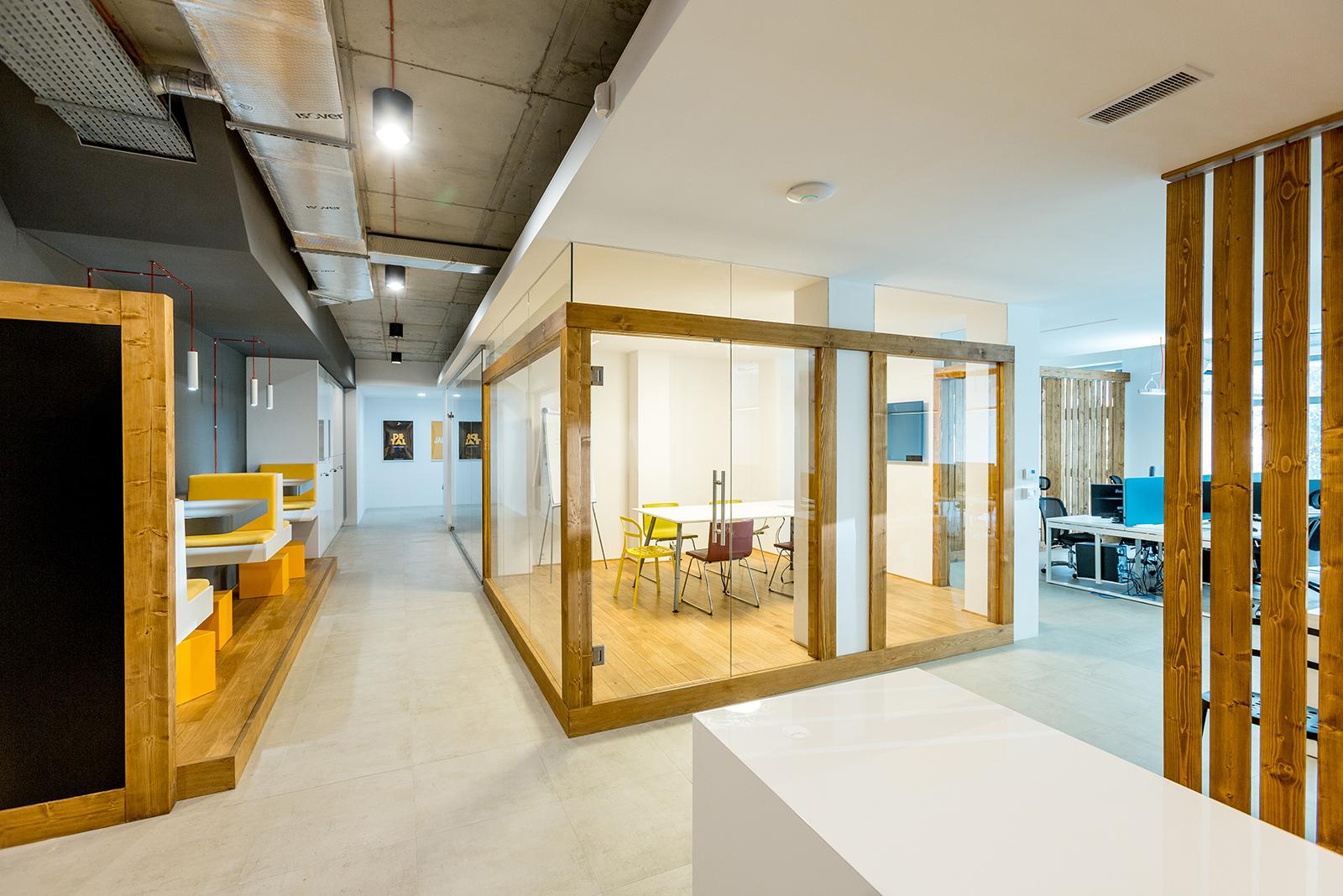 bold-krakow-office-5