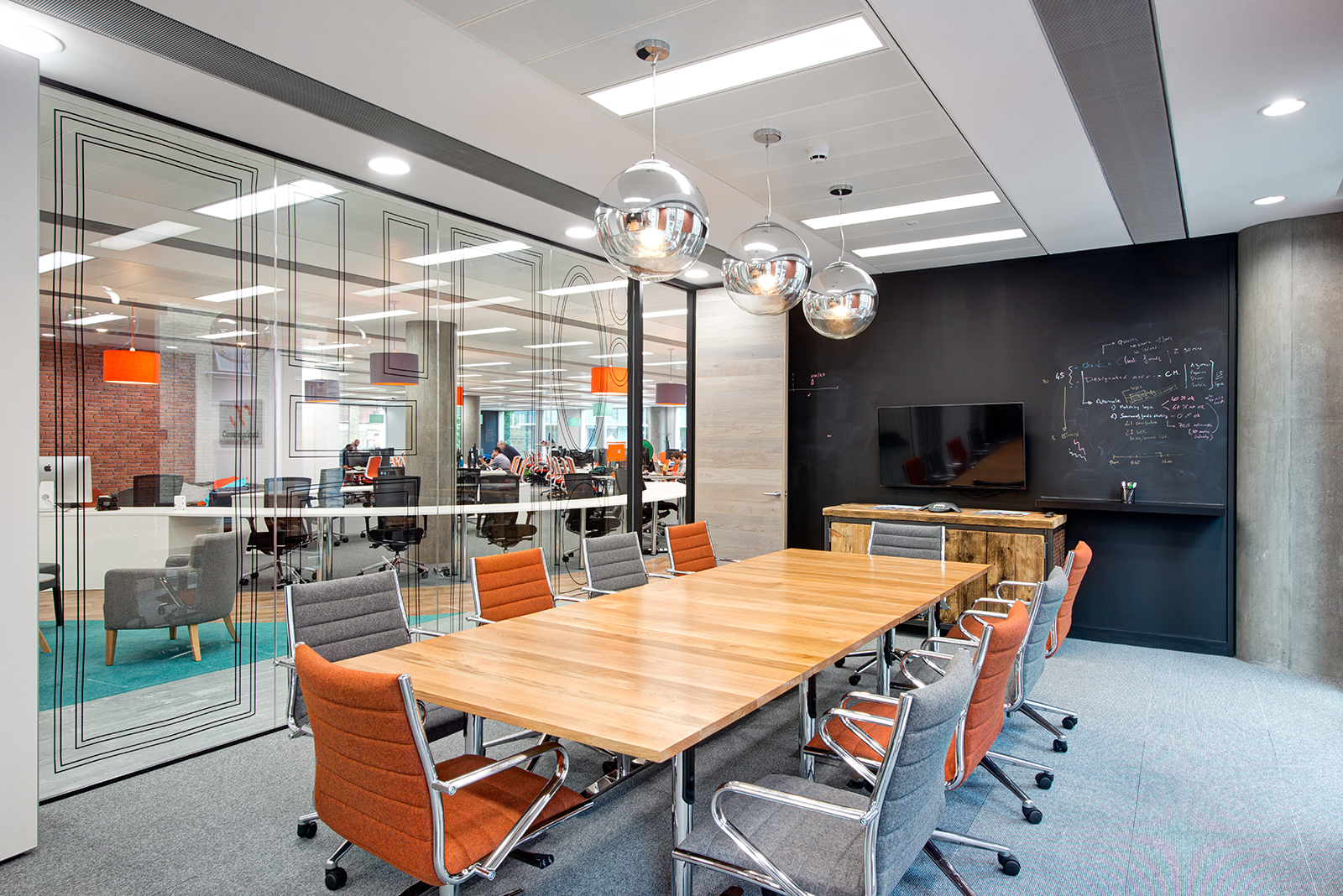 currency-cloud-office-10