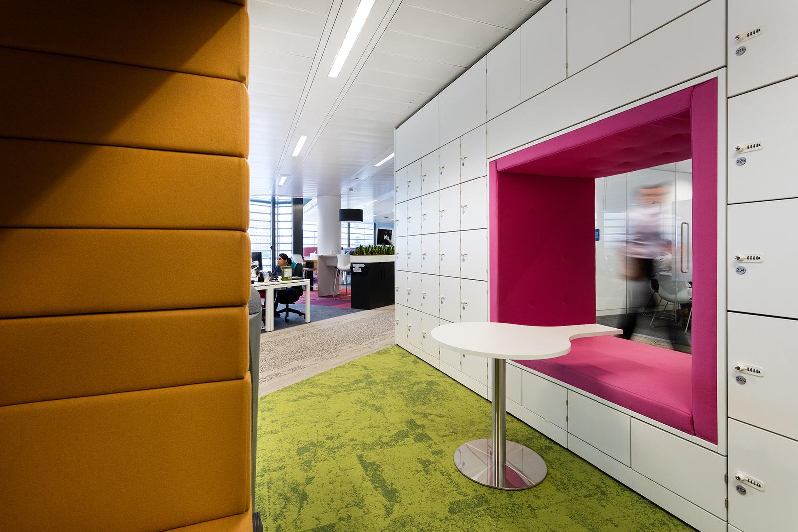 tns-uk-office-11