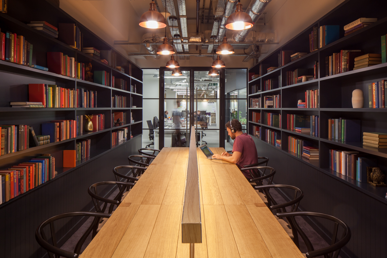 A Tour Of Zoopla S Modern London Headquarters Officelovin