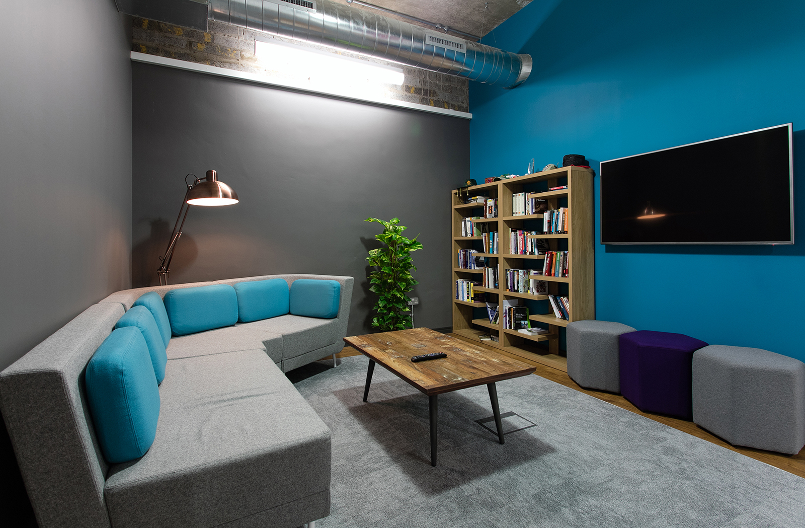A tour of gresham s new bristol office officelovin 39 for Office design bristol
