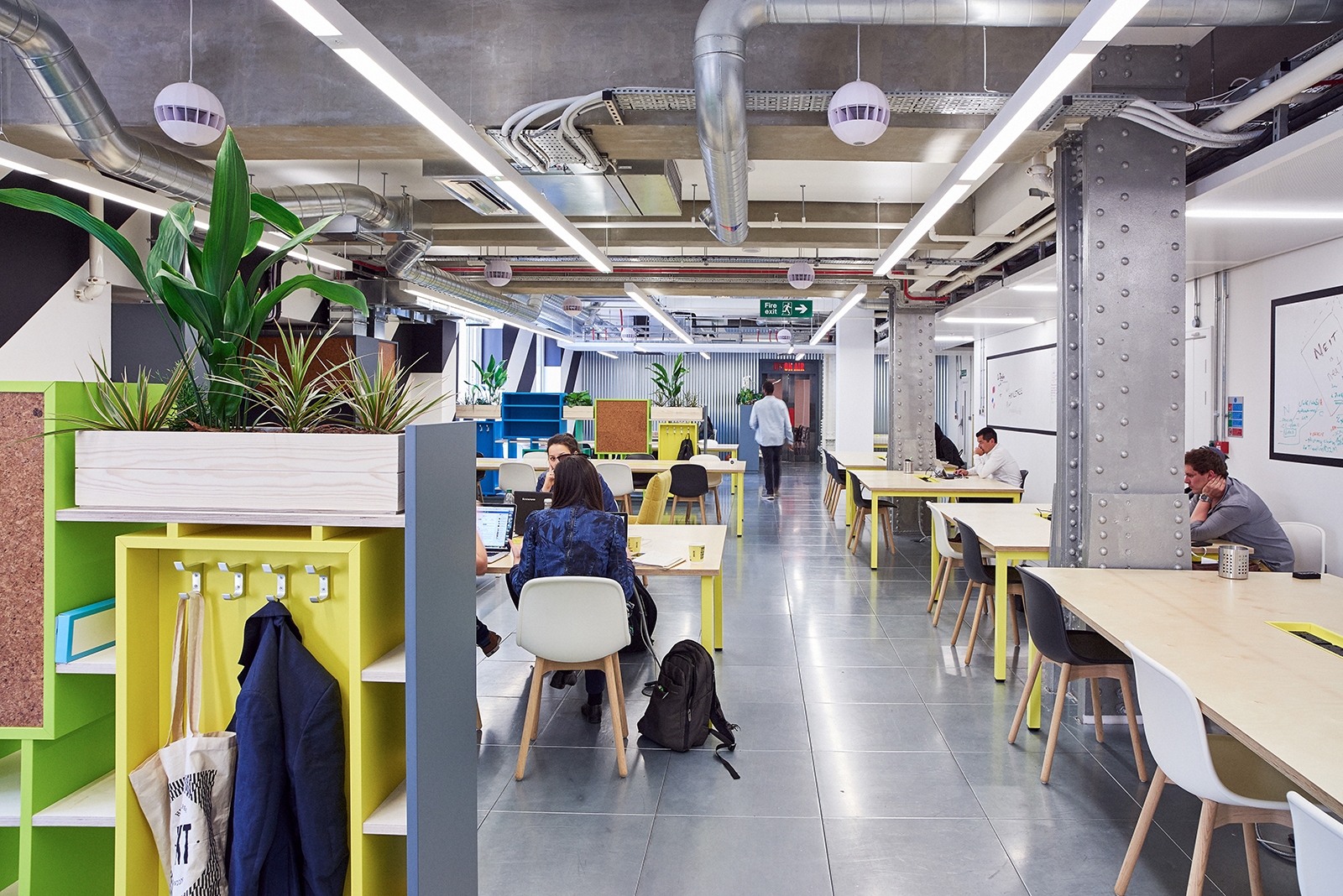 Inside Huckletree S New London Coworking Space Officelovin