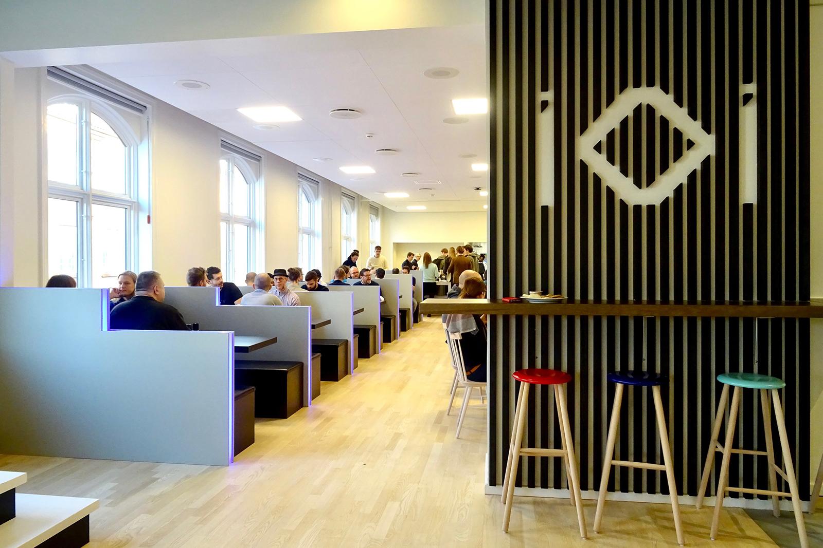 io-interactive-office-1