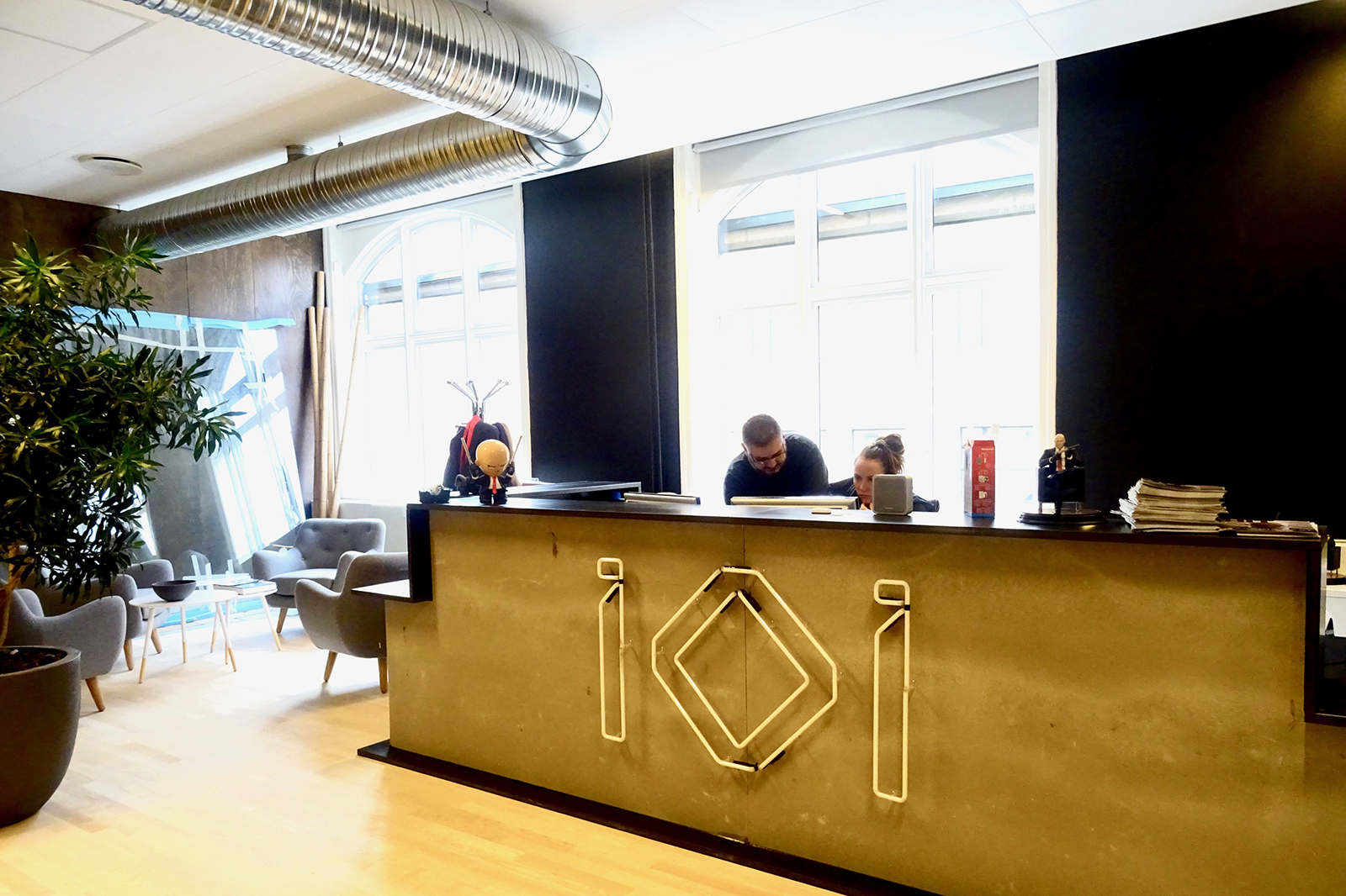 io-interactive-office-2