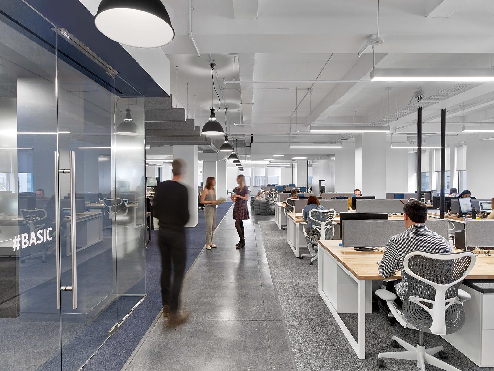 fullscreen-office-8