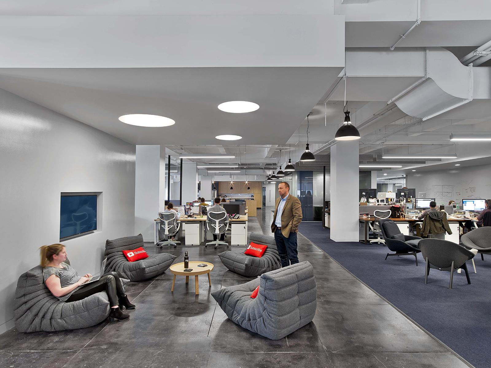 fullscreen-office-9