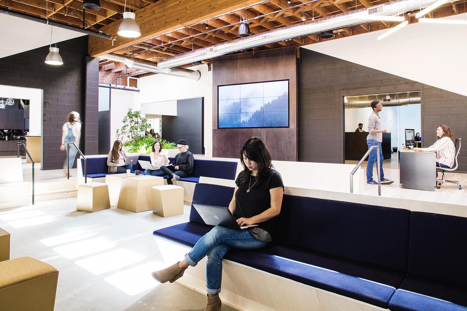 swift-office-12