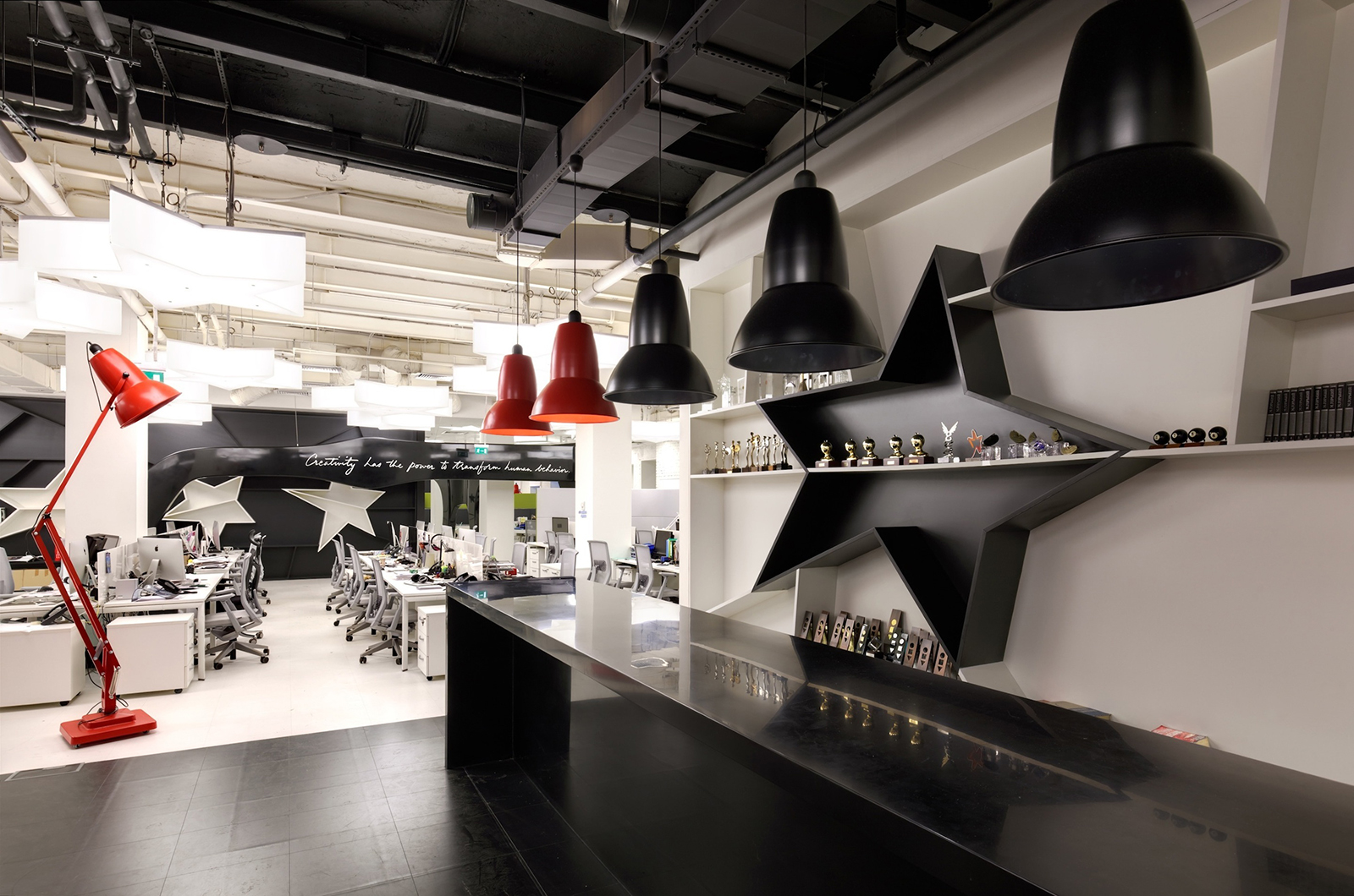 a look inside leo burnett s moscow office officelovin 39