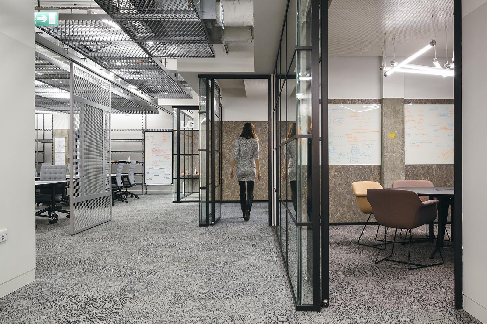 sapient-razorfish-office-4