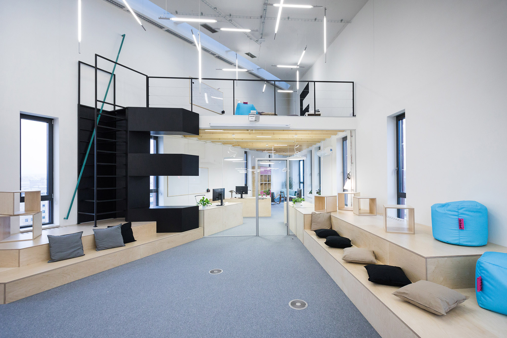 Inside ackee s cool new prague headquarters officelovin 39 for Office design events