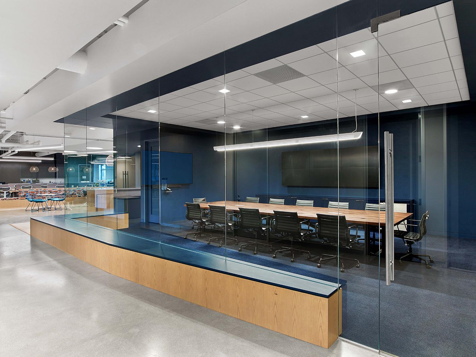 fullscreen-los-angeles-office-7