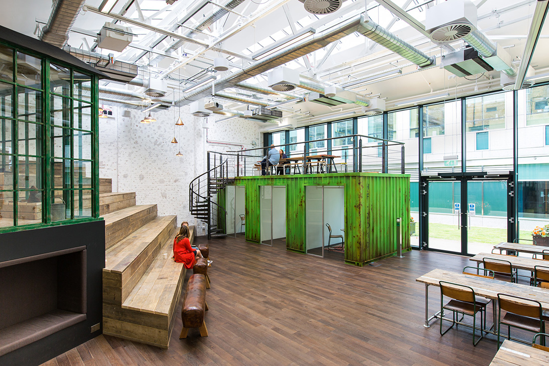 a look inside hellofresh s cool new london headquarters officelovin. Black Bedroom Furniture Sets. Home Design Ideas