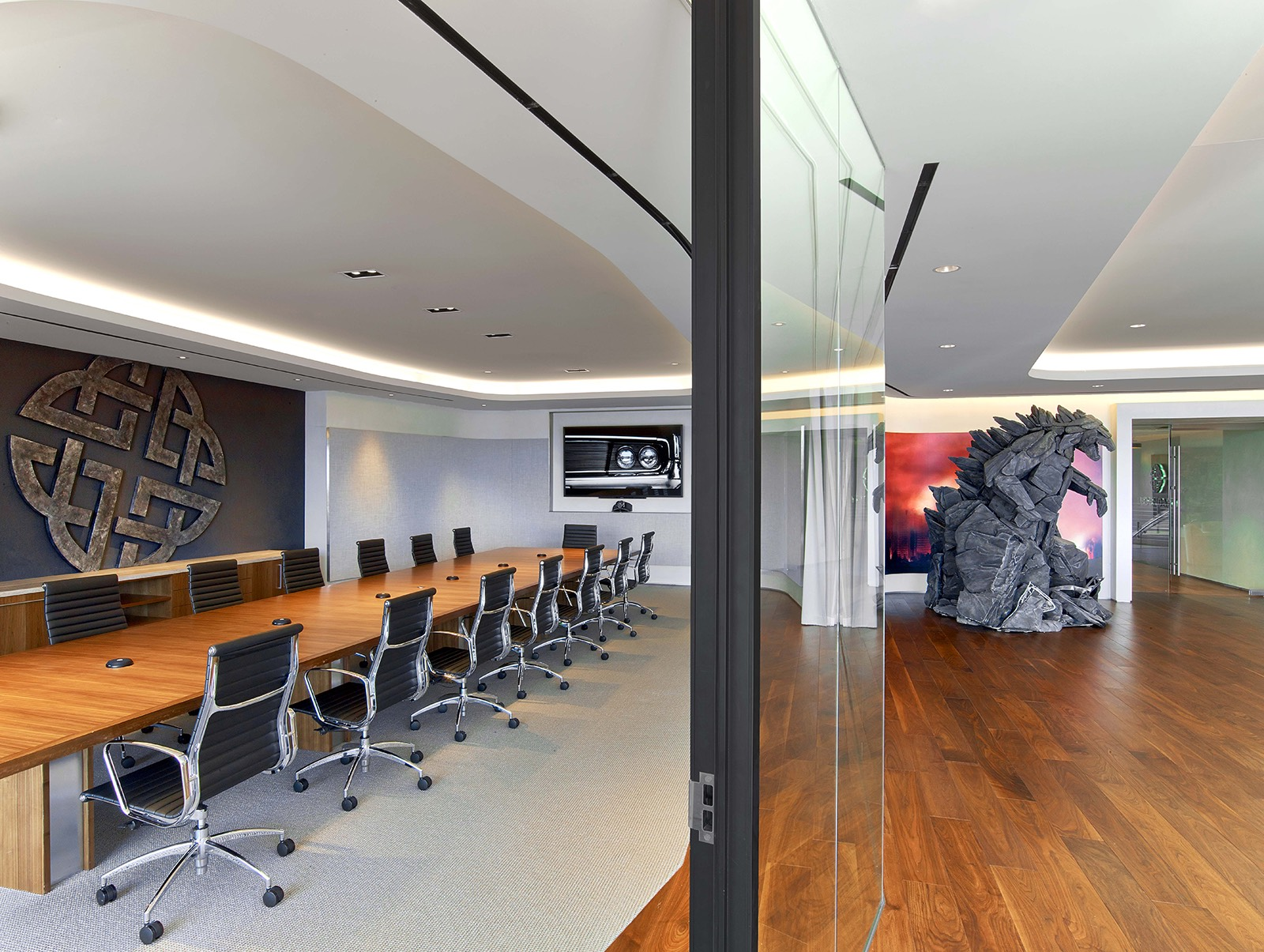 legendary-los-angeles-office-3