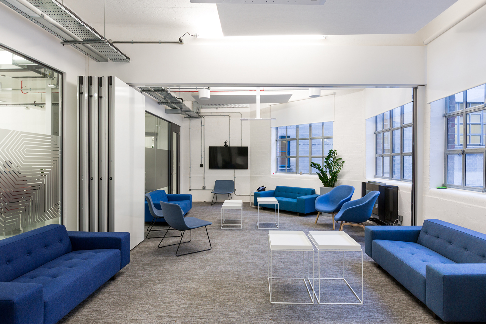 A Tour Of Transferwise S New London Office Officelovin