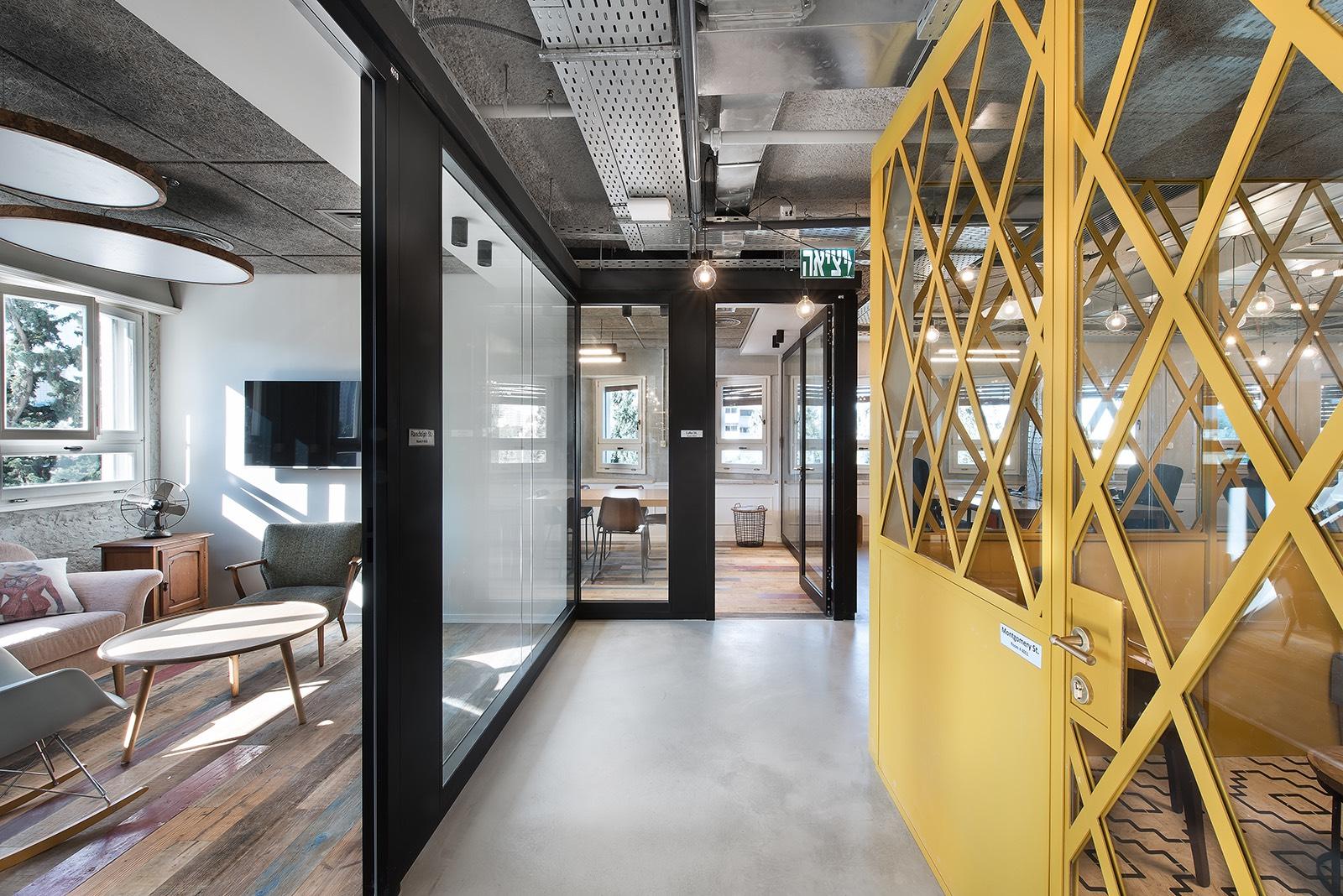 fiverr-tel-aviv-office-1