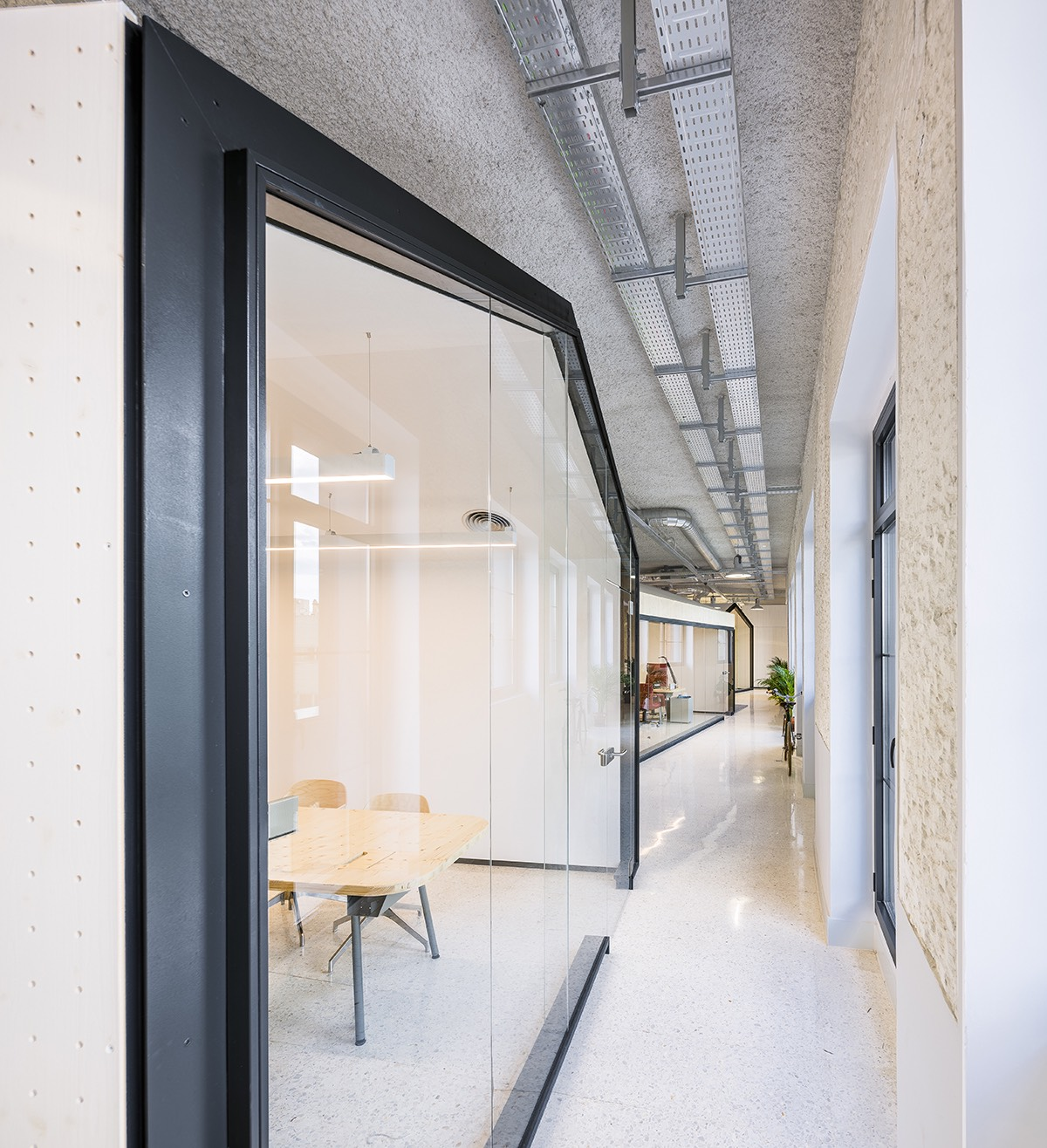 mccann-office-madrid-14