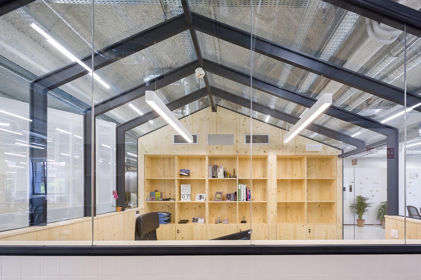 mccann-office-madrid-8