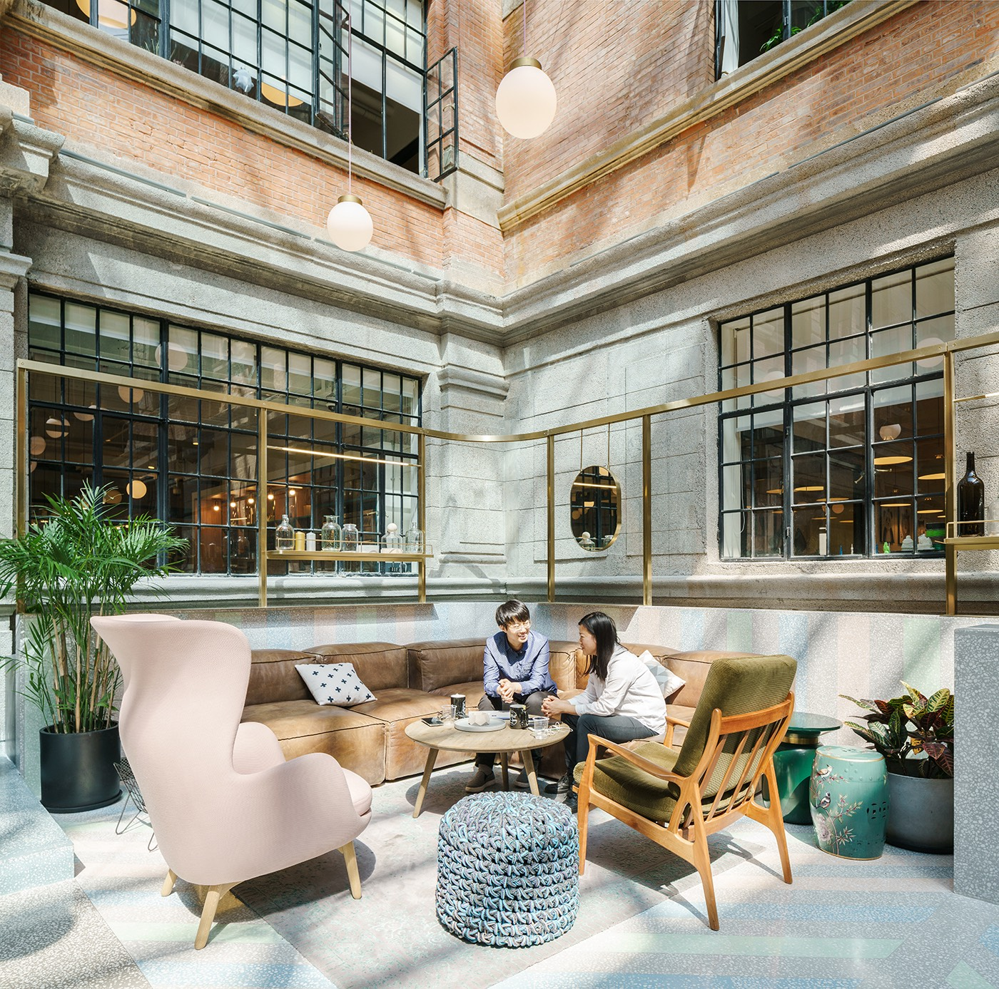Inside Wework S New Coworking Space In Shanghai Officelovin